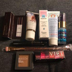 Other - NEW- 9 item designer sample makeup/skincare lot